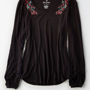 american eagles flower embroidery black top